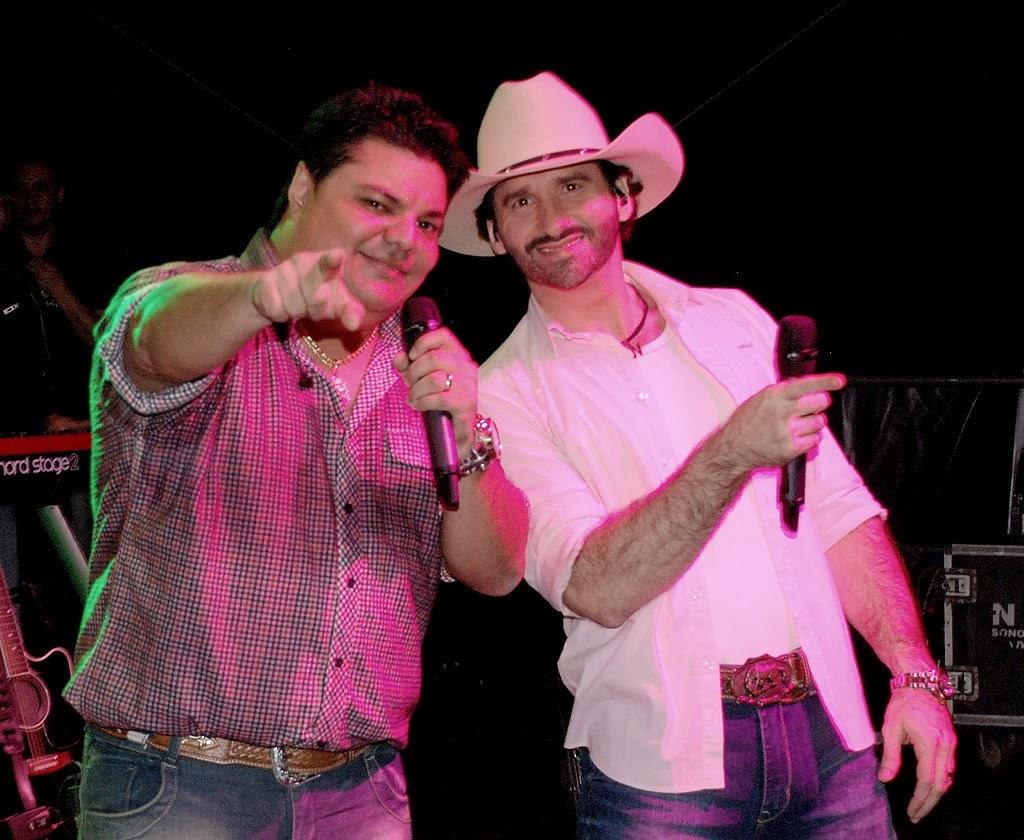 Bento e Mariano no Festival de Cultura Popular, promovido pela Secretaria Municipal de Cultura, em agosto 2013