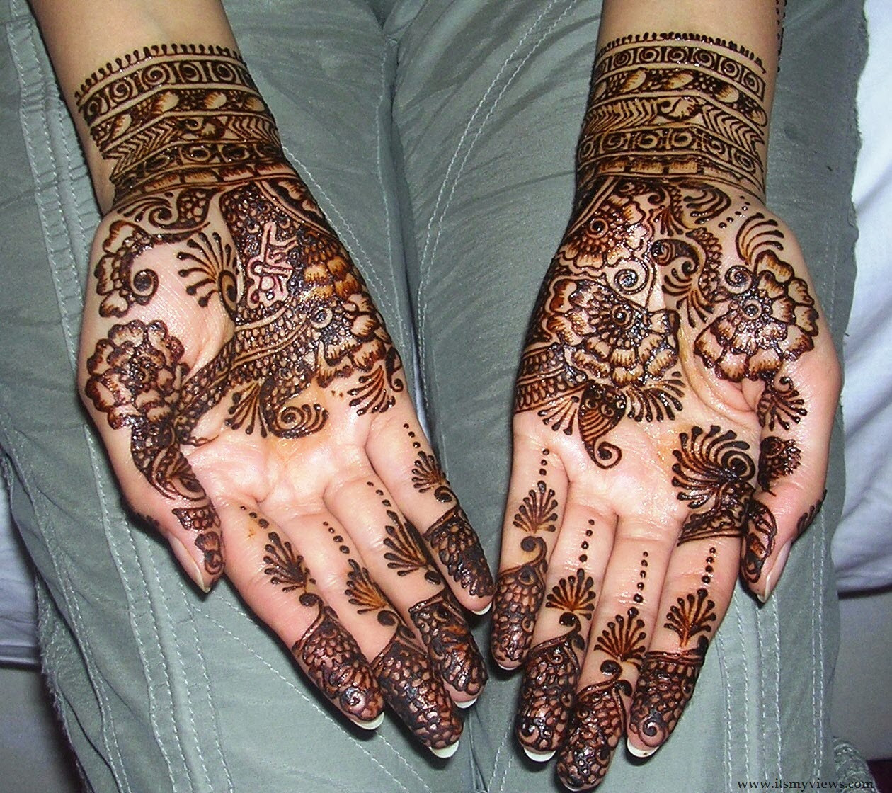 Mehndi Designs Jobs : Best mehndi designs dulhan for hands free