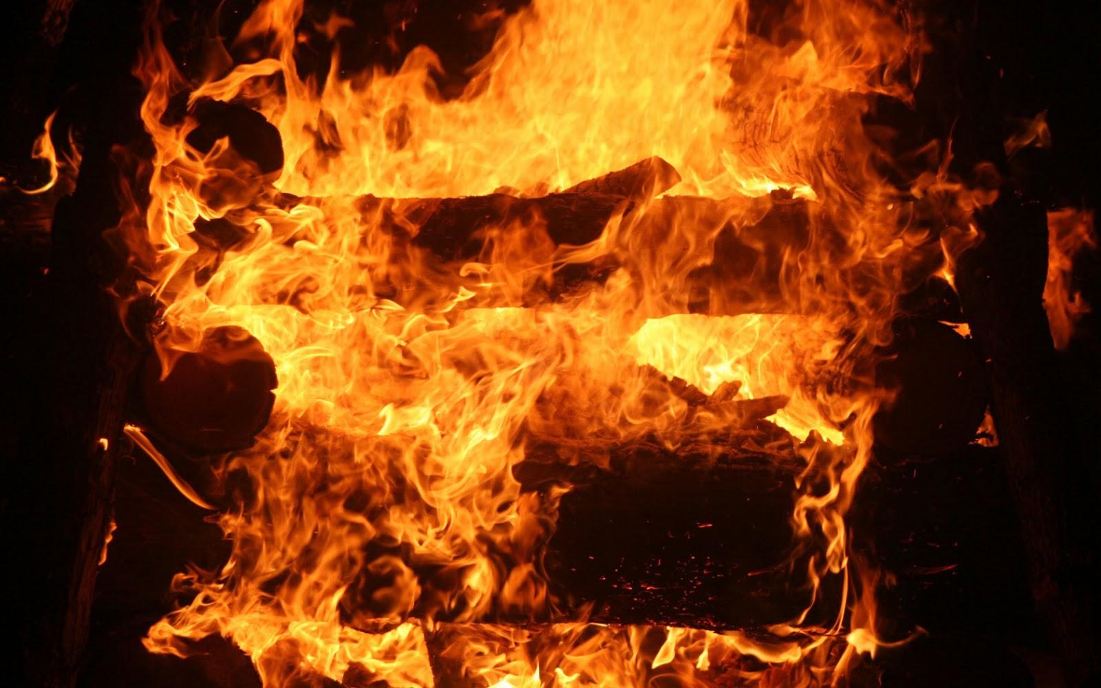 Fondo de pantalla abstracto fuego en la chimenea - Protector chimenea ninos ...