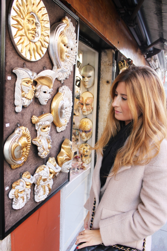 A trendy life máscaras Venecia