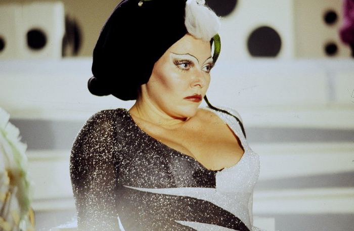 Susan Tyrell als Queen Doris in FORBIDDEN ZONE (1980)