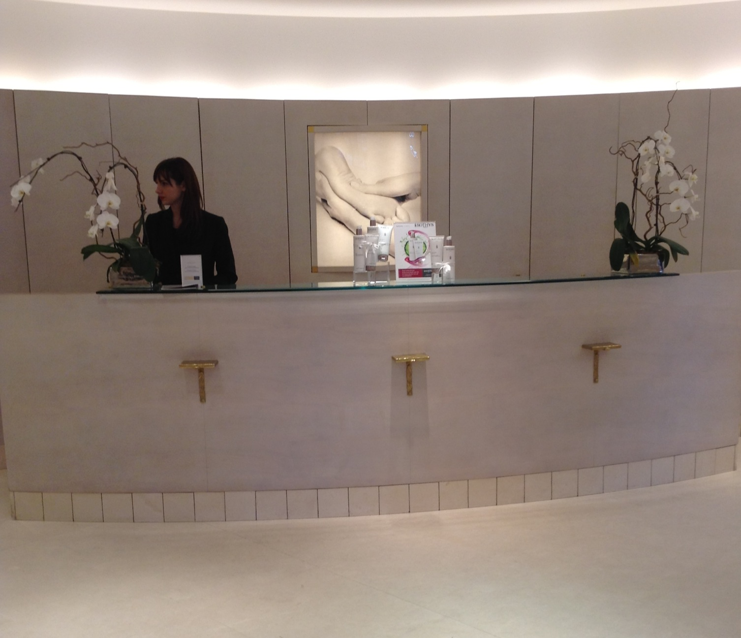 Haute travels sothys in paris is haute for 128 faubourg salon by sothys