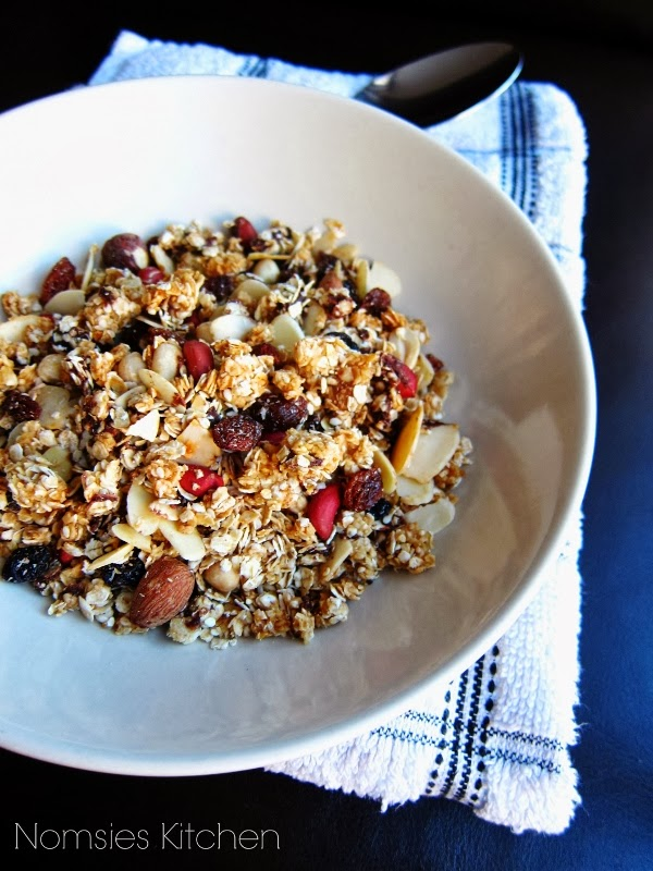 Nomsies Kitchen: Easy Homemade Nutty Vegan Granola