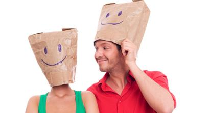 Don't Be Blind While Blind Dating - date - wear a bag
