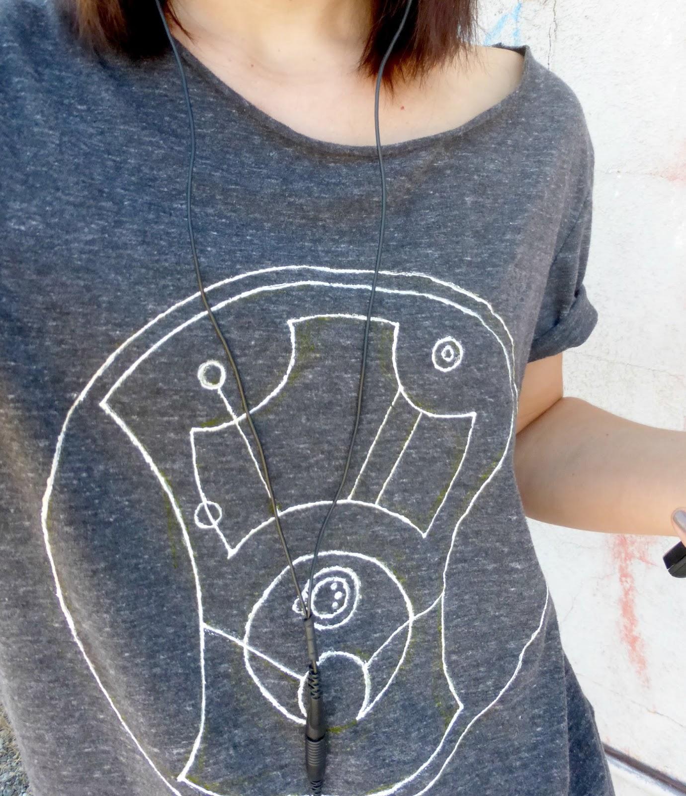 diy doctor who shirt hello sweetie in circular gallifreyan