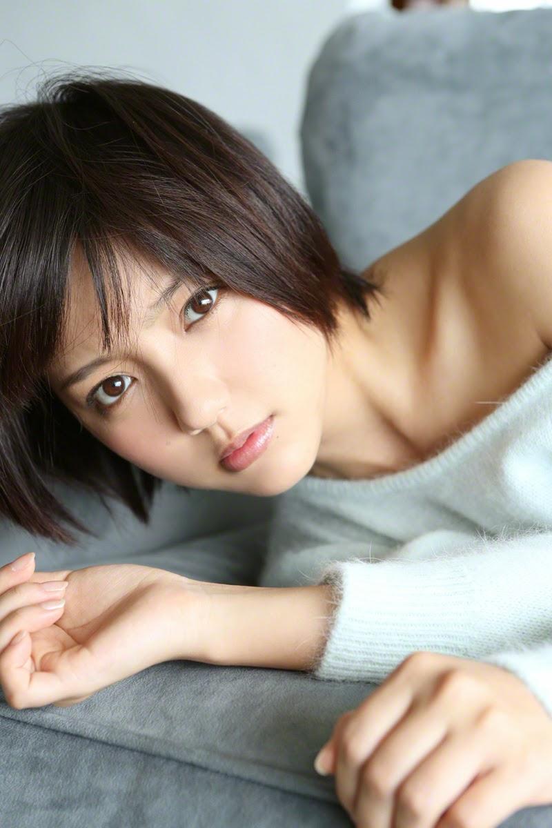 Erina Mano ngực khủng khiêu khích đấng mày râu 10