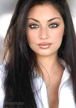 Claudia Lynx Hot and Sexy Still