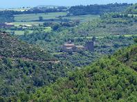 Vista de la Torre de Riner i de l'església de Sant Martí