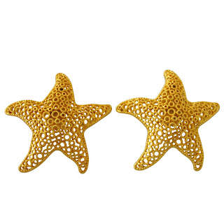 Vintage 1980's gold starfish shaped earrings