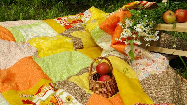 Большое лоскутное покрывало на взрослую кровать Яблоки - подарок молодоженам, подарок на свадьбу