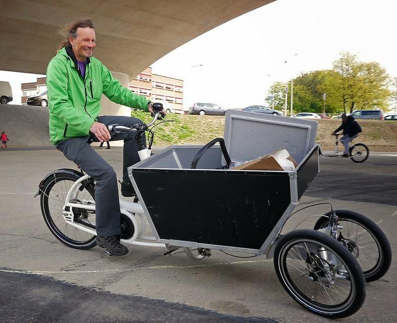 Tilting Vehicles Blog Urban Arrow Tilting Cargo Trike
