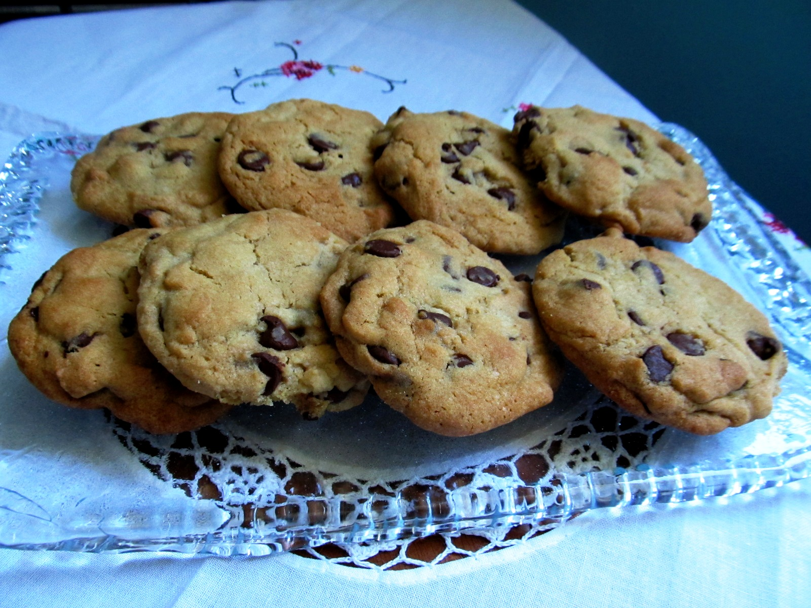 Food and Thrift: Original Nestlé Toll House Chocolate Chip Cookies ...