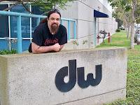 Alfred Berengena en la factoria de DW