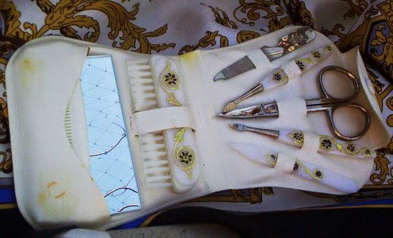vintage 1960s manicure set