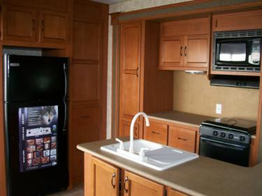 v hicule r cr atif motoris caravaning vendre roulotte de parc cherokee. Black Bedroom Furniture Sets. Home Design Ideas