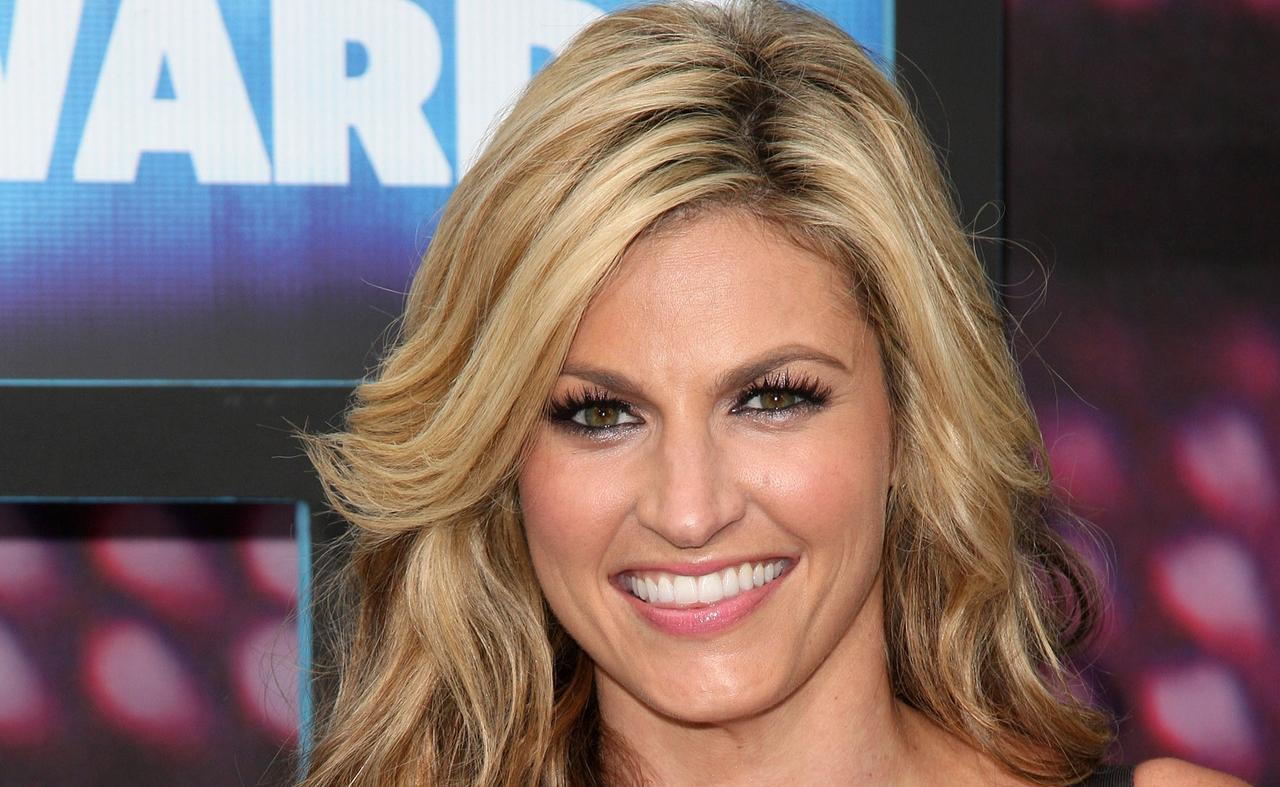 Erin Andrews Smile Hot Erin Andrews Lips Hot Erin Andrews Navel