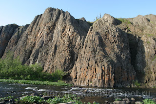 Выходы базальтов в каньоне Большие ворота, Ненецкий автономный округ
