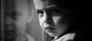 صورة طفل حزين روعة جدا 2013
