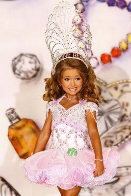 http://4.bp.blogspot.com/-P9pTgnx1be0/TcKR2ObDOvI/AAAAAAAAFtM/VOT9kf0-MPQ/s1600/toddlers%2Band%2Btiaras.jpg