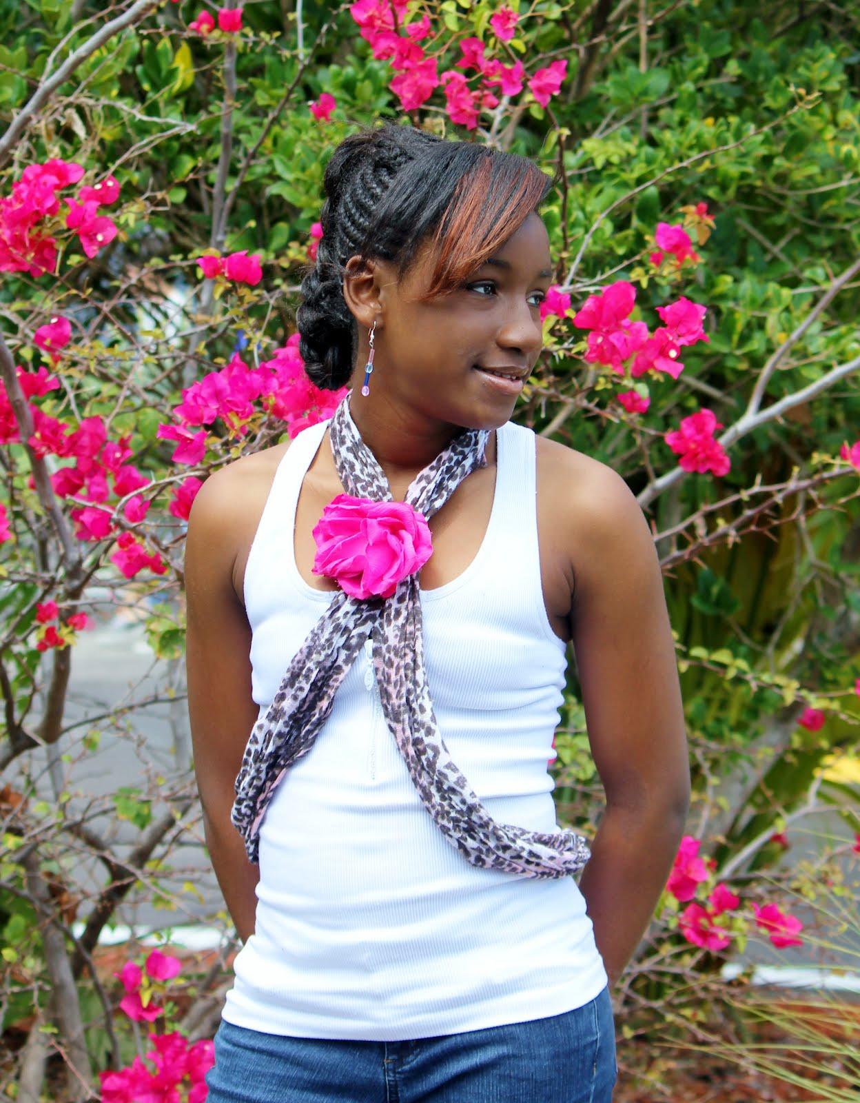 POSE child modeling mag Junior Fashion Experts: Tinishas