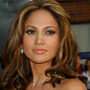 Biography Jennifer Lopez on Music Hut  Jennifer Lopez Biography