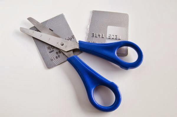 Keputusan Hidup Tanpa Kartu Kredit Tidak Masalah