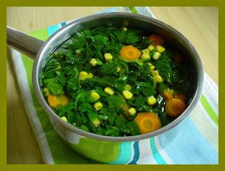 Resep Sayur Bening Bayam Campur Jagung dan Wortel