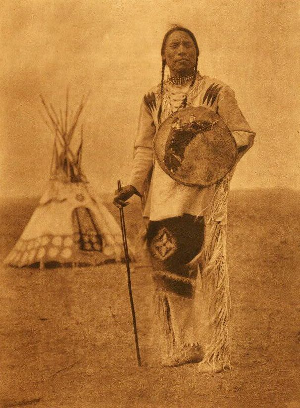 blackfoot tribe information The blackfoot indian tribe consists of 4 tribes in the us and canada.