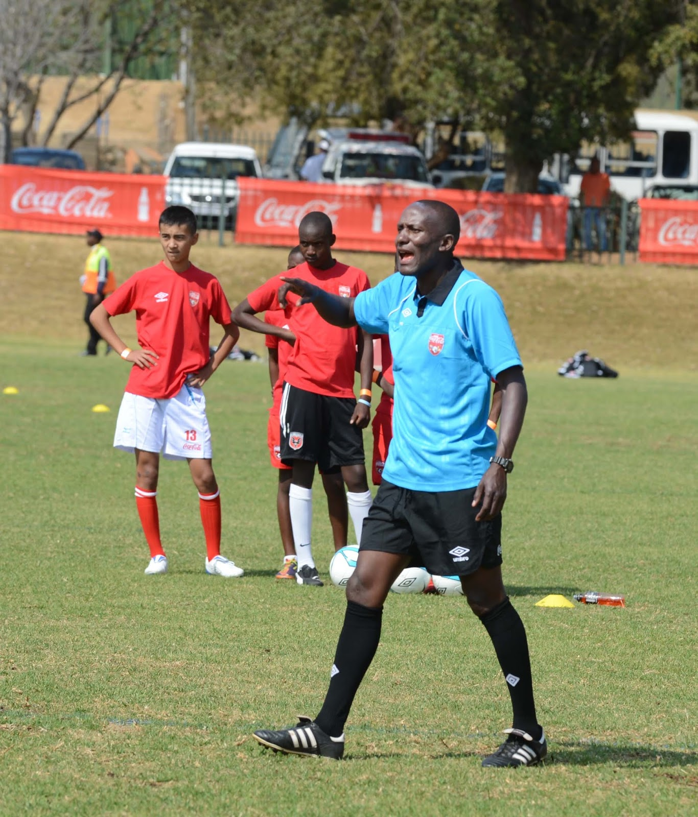 Kenyan side Gor Mahia incensed at Kaizer Chiefs for player tapping