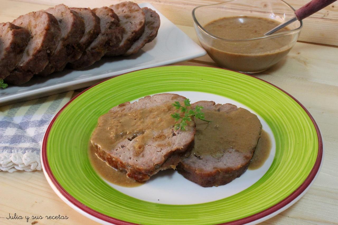 Julia y sus recetas rollo de ternera con salsa de bovril for Cocinar filetes de ternera
