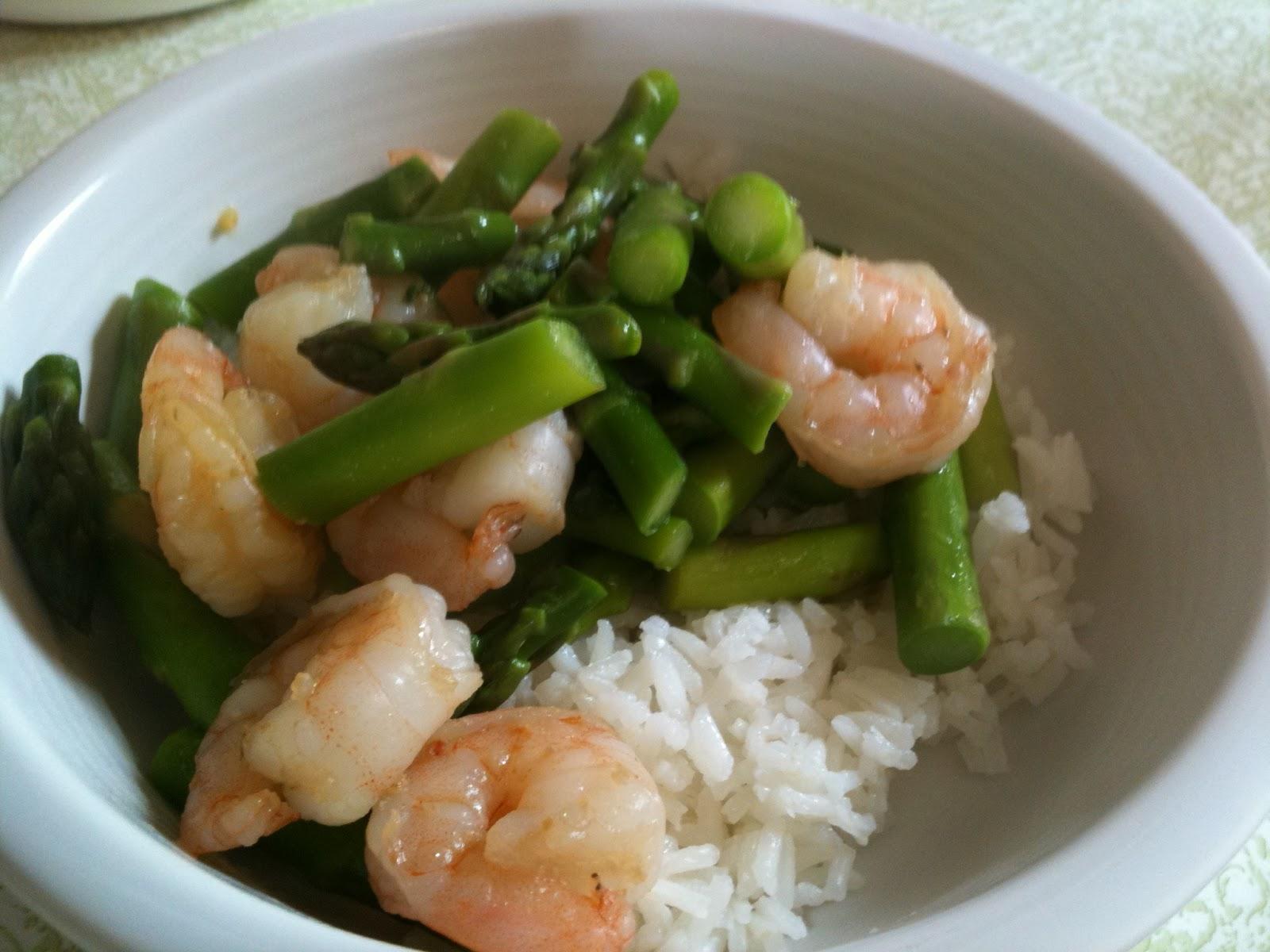 Holly Goes Lightly: Shrimp and Asparagus Stir Fry
