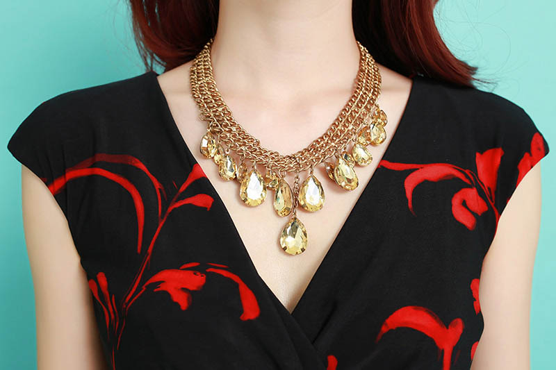 Free Necklace worth RM39 !!
