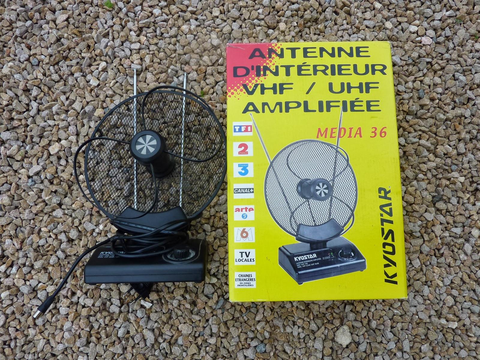 dressing grenier antenne d 39 int rieur amplifi e. Black Bedroom Furniture Sets. Home Design Ideas