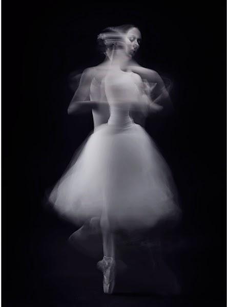 Dancer: Naomi S