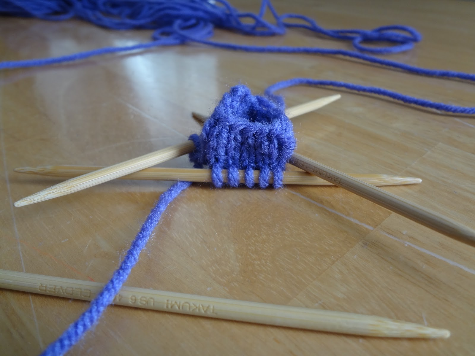 Double Knitting In The Round Tutorial : Fiber flux how to knit in the round with circular needles