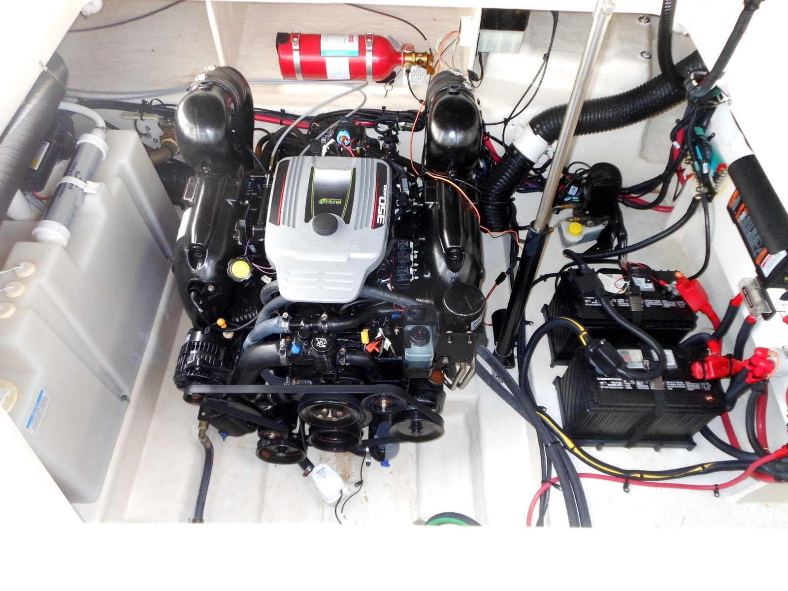 The Marine Installer's Rant: The Searay 370 Venture. What you don't see is  good.