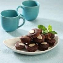 Resep Kue Cup Coklat Almond Kering Lembut Dan Praktis