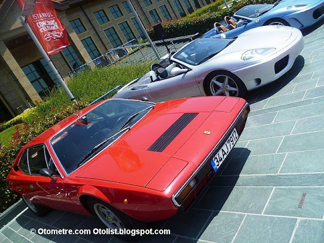 Ferrari klasikler de bir başka oluyor