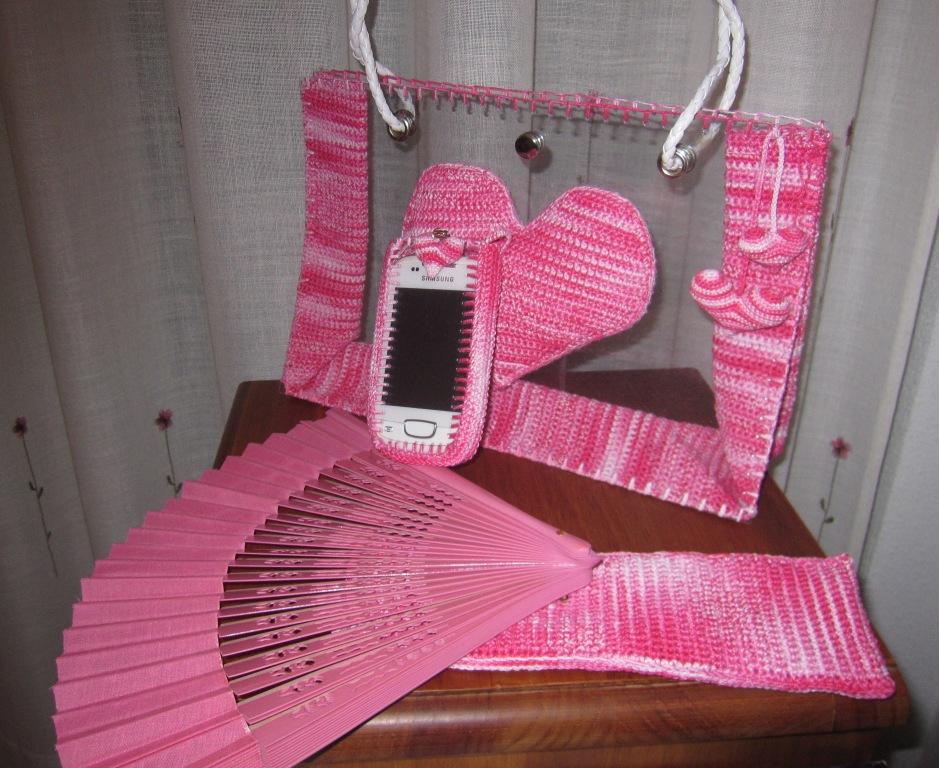 Bolso de plástico y ganchillo con accesorios