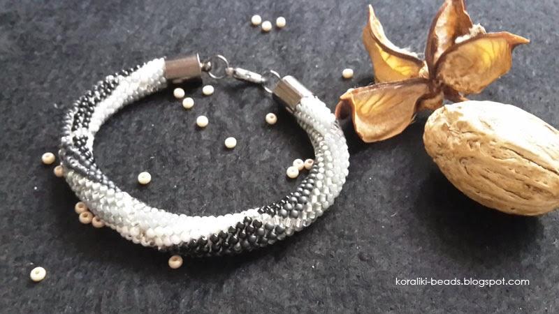 Bransoletka sznur szydełkowo - koralikowy toho koraliki 2 mm szarości