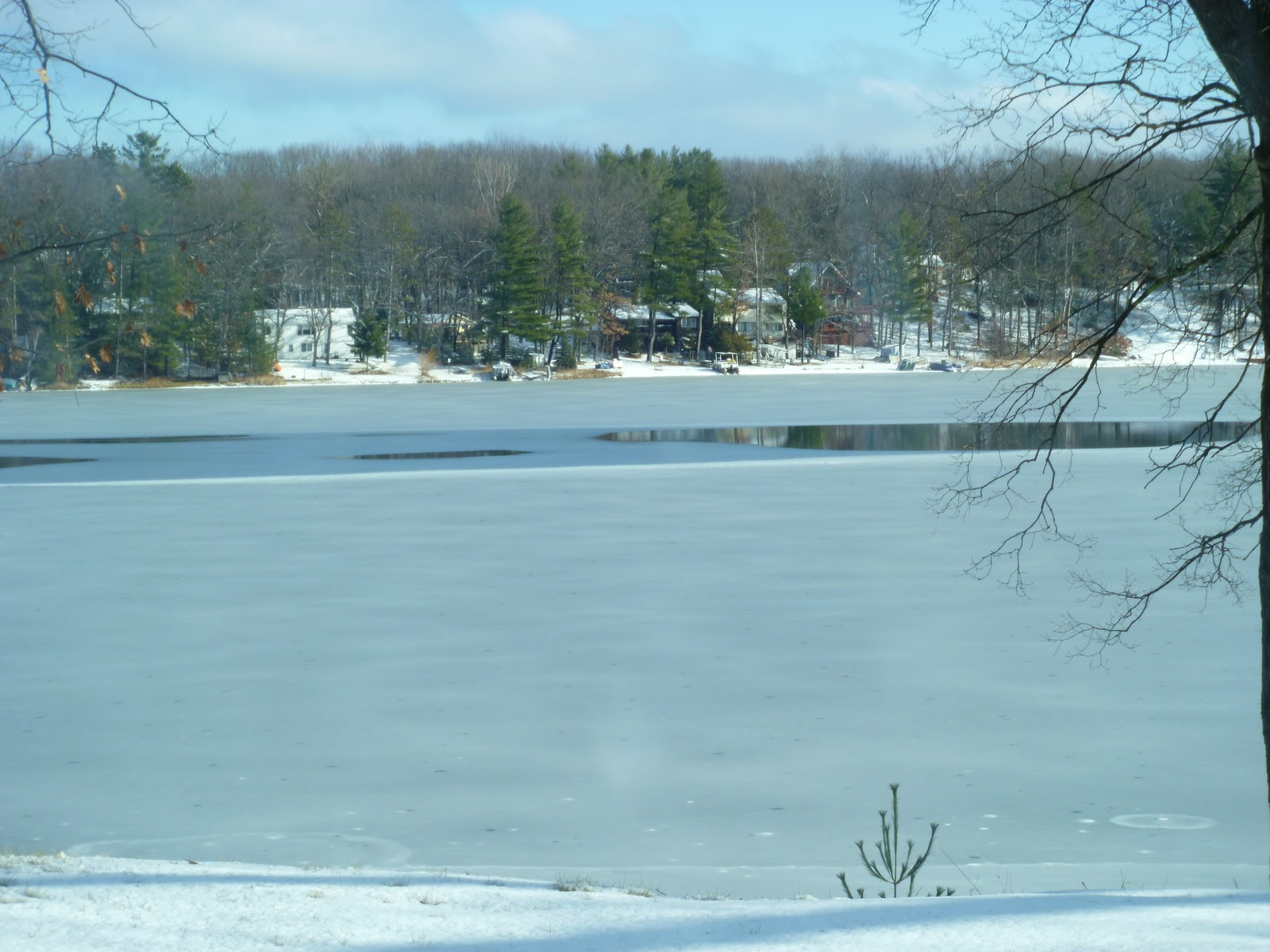 Houghton lake walleye report budd lake ice conditions 12 for Enid lake fishing report