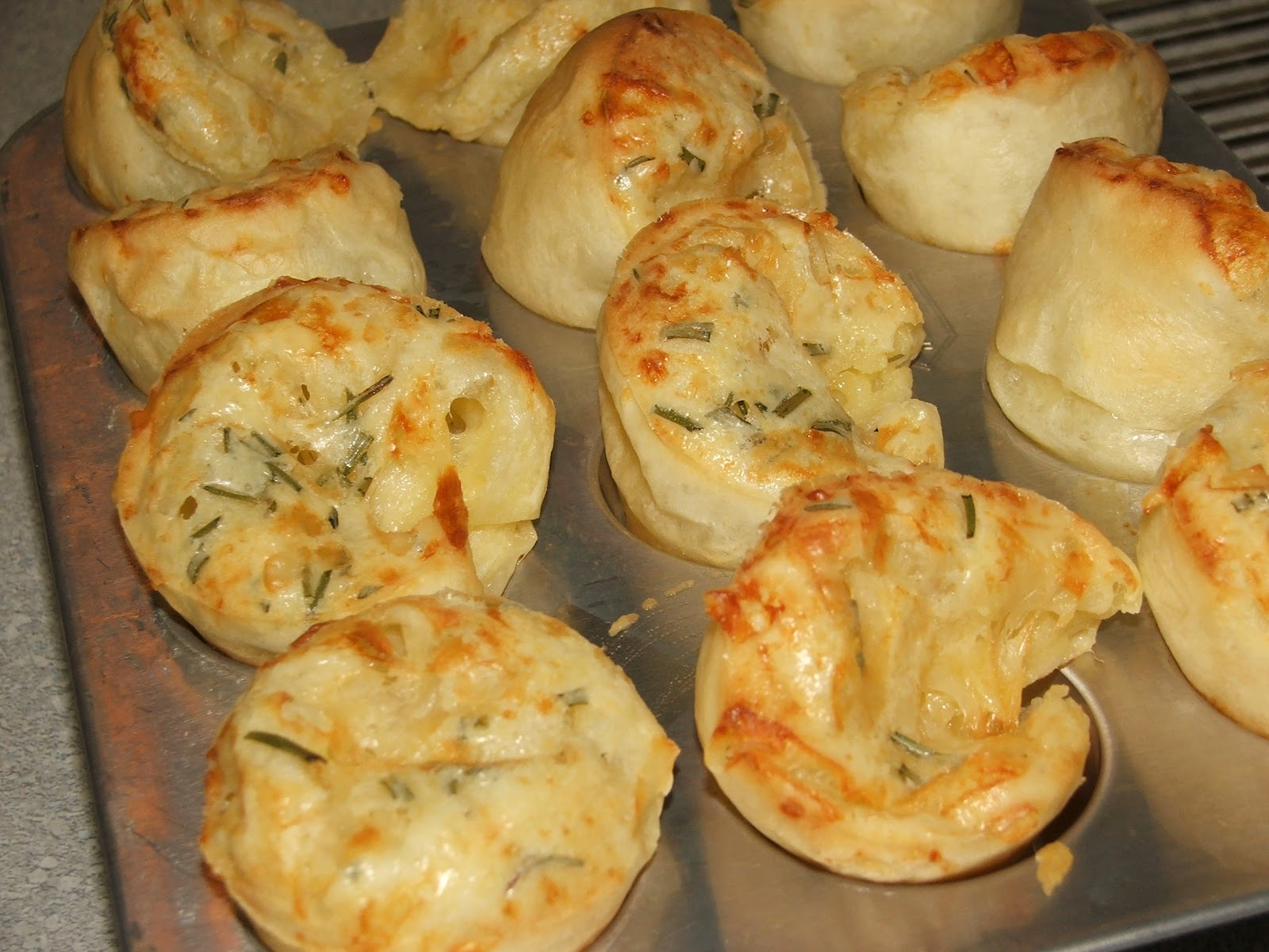 Vine to Dine: Pao de Queijo (Brazilian Cheese Bread)