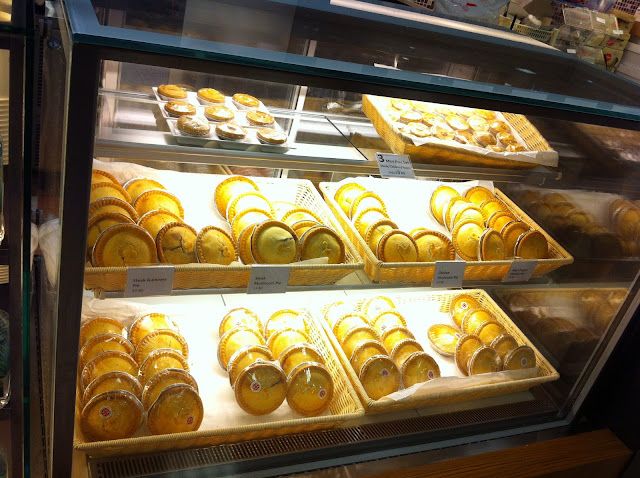 huggs coffee singapore takashimaya big ben's pies
