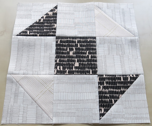 Half square triangle Quilt-Along - First block - Candy