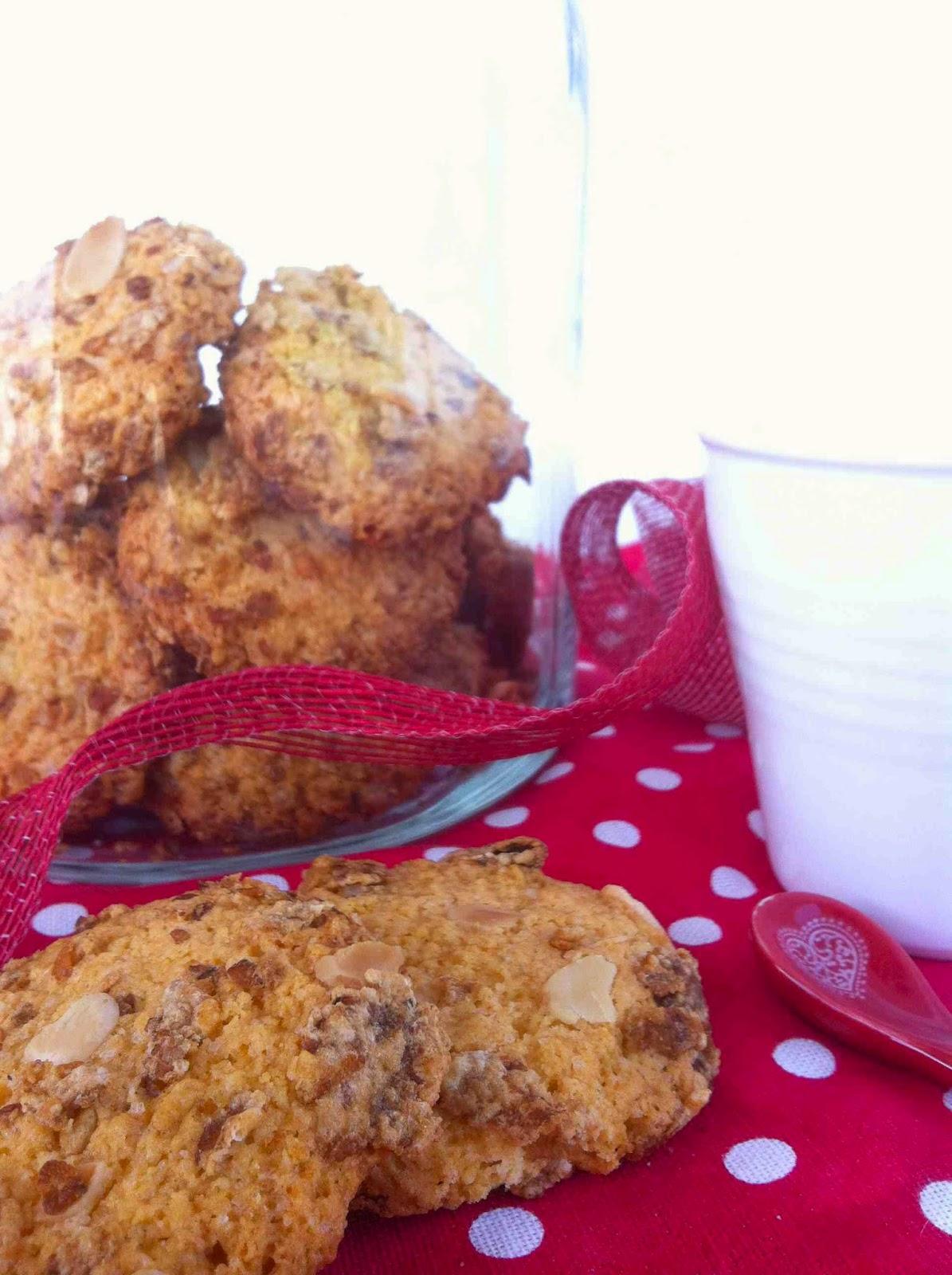 biscotti croccanti con mandorle e cereali