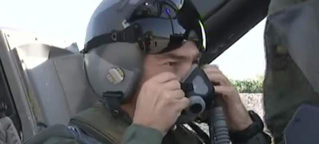 Η ΑΠΟΛΥΤΗ ΥΠΟΚΡΙΣΙΑ: Δείτε τον A.Τσίπρα με στολή πιλότου να πετά με F-16 πάνω από το Αγιο όρος και να χαιρετά Μοναχούς [βίντεο]