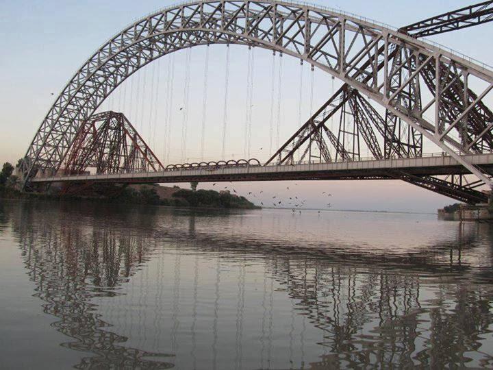 Lansdowne Bridge , Sukkur