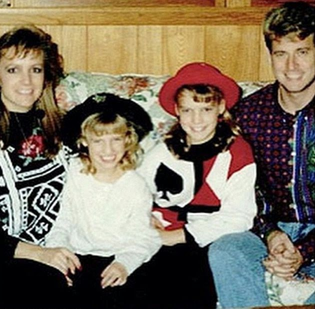 "By seeing to the reality, Jessica Simpson still provide a passion for his family as she sent a photo into her Instagram account. She told: ""TBT When my Mom looked like Britney Spears and my Dad looked like Troy Aikman."""