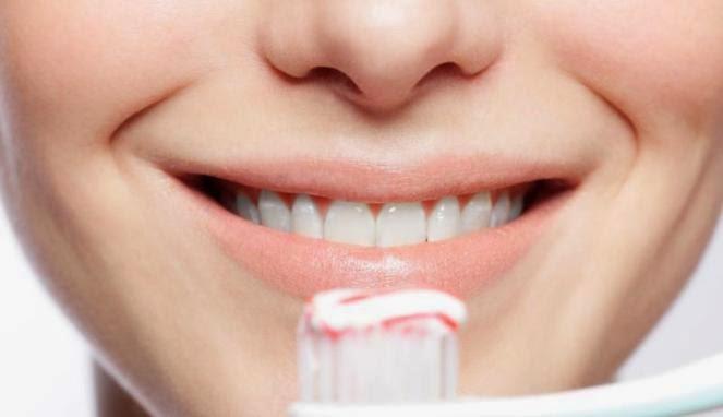Cara Menghilangkan Karang Gigi Secara Alami Mudah Dan Cepat