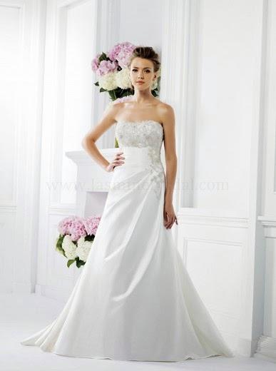 Vestido de novia para mujer baja